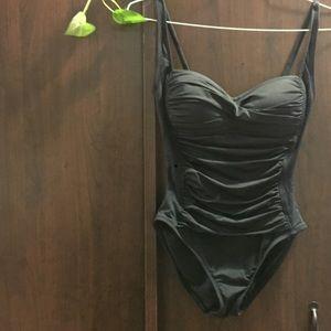 La Blanca black one piece swimsuit 6, Never worn